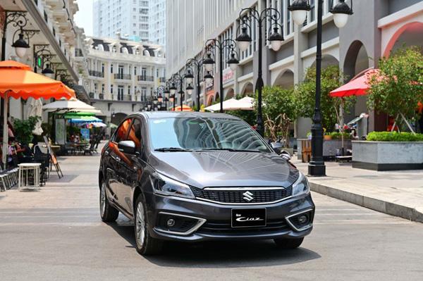 """Đánh giá xe ô tô Suzuki Ciaz mới: """"Đốn tim"""" người kỹ tính"""